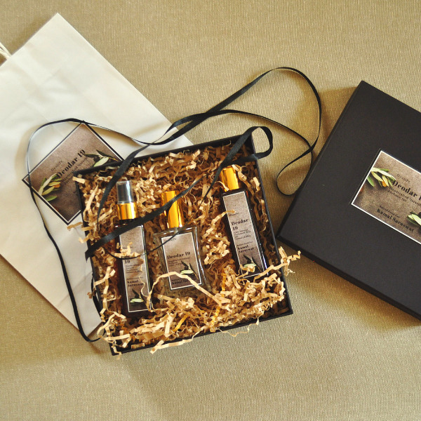 Deodar 19 Personalised Fragrance Box
